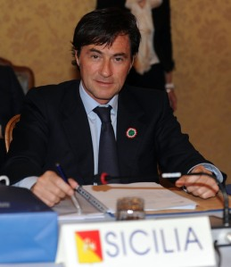 ITALIA 150: CONSIGLI REGIONALI A TORINO, UNITA' CON FEDERALISMO