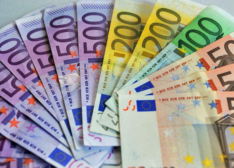 soldi-euro-banconote-800--4-